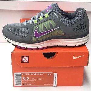Women's Nike Air Zoom Vomero +7
